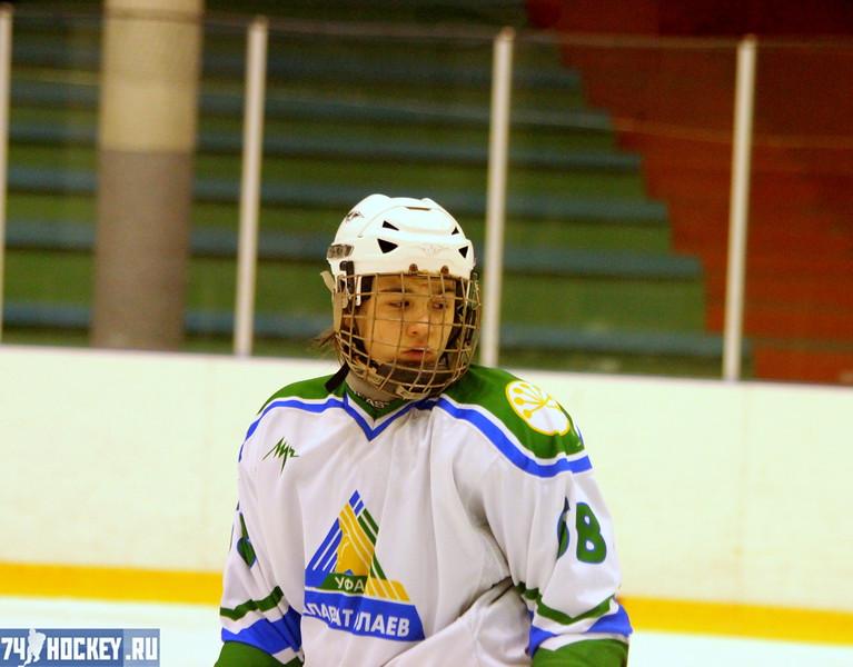 Трактор-1995 (Челябинск) - Салават Юлаев-1995 (Уфа) 5:3. 11 декабря 2011