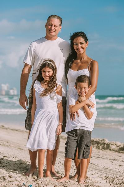 Nivea Rodrigues Family-29.jpg