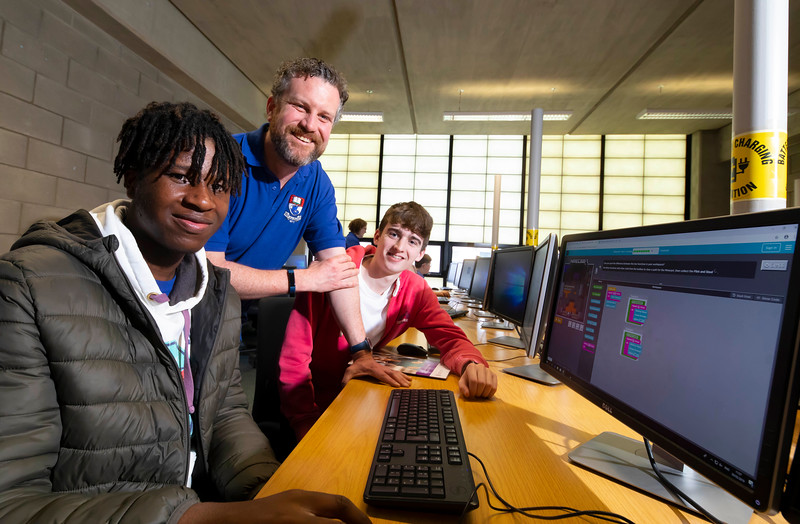 30/03/2019. FREE TO USE IMAGE. Thousands of CAO, part-time and postgraduate applicants visited WIT's Spring open events on Friday evening and Saturday morning. WIT is Ireland's top ranked institute of technology. Pictured are Scott Gbenoba from Portlaoise and Mark Bates Clonmel with Rob OConnor computing lecturer . Picture: Patrick Browne
