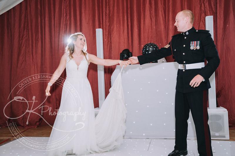 Wedding-Perry & Tara-By-Oliver-Kershaw-Photography-201937.jpg