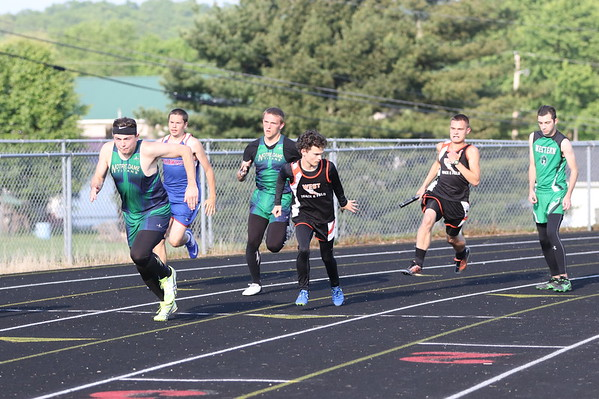 10b2 Track:  SOC Meet, Day 2, 2017:  1600m, 4x100m, 400m
