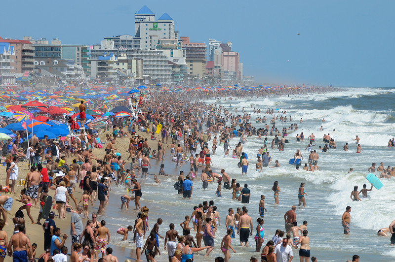 Lived here 60 years, never seen so many people on the beach as today around noon time.