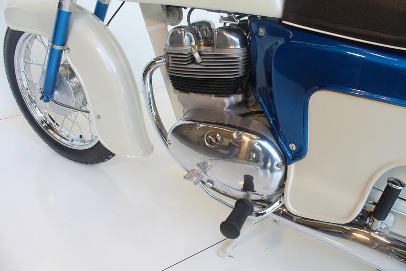 1962 Norton 8-13 045.JPG