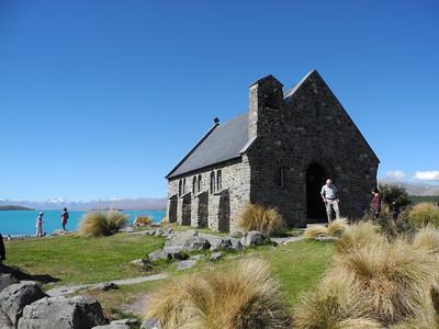 Mike & Brenda Davis in NZ