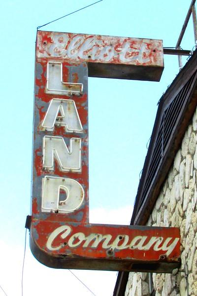 Elliot Land Company