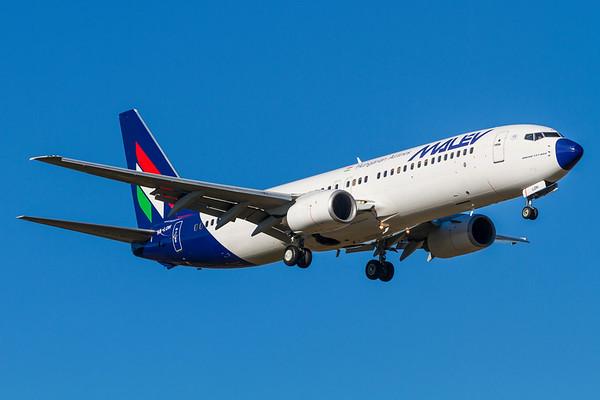 HA-LOH - Boeing 737-8Q8