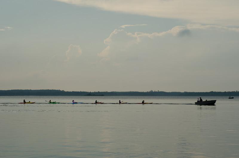 kayak_ladies-7691.jpg