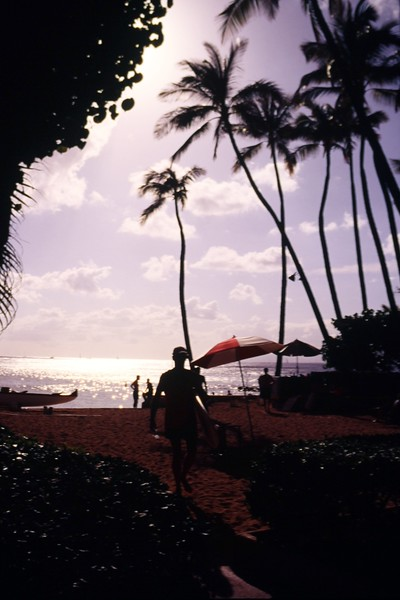 1991 Outrigger Scenic