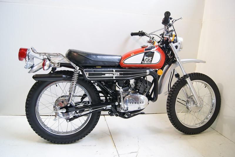 1975DT125 8-11 001.JPG