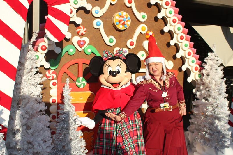 Walt_Disney_Imagineering_Holiday_2017_Individuals_ (33).JPG