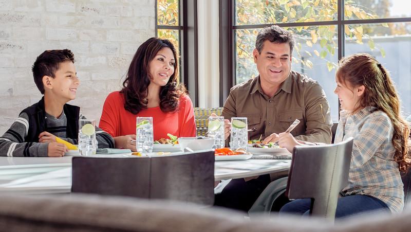 113017_08308_House_Family Table.jpg