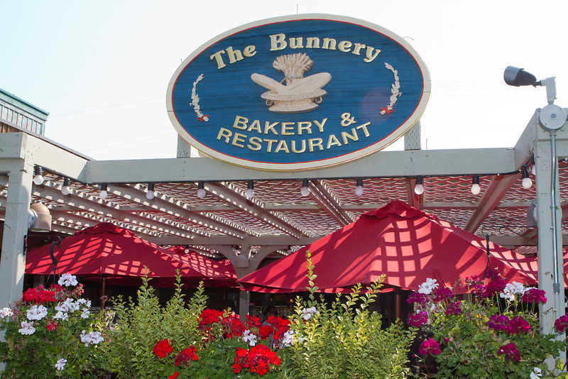 For breakfast we sought out The Bunnery in Jackson, Wy.  On a lovely morning they had inside and outside seating and a long line of eager customers.