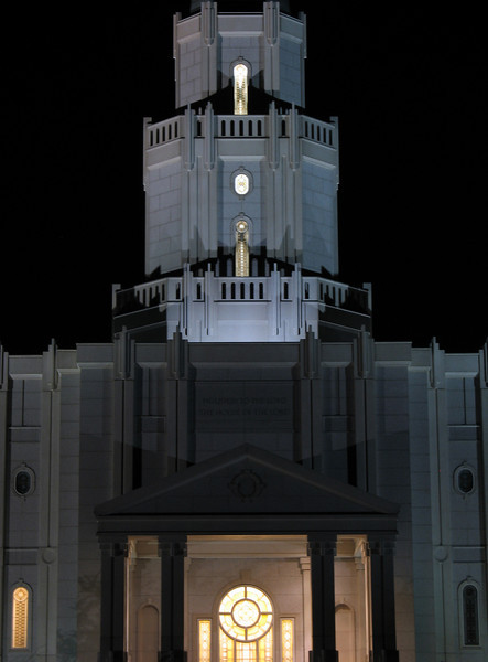 HoustonTempleNight14.jpg