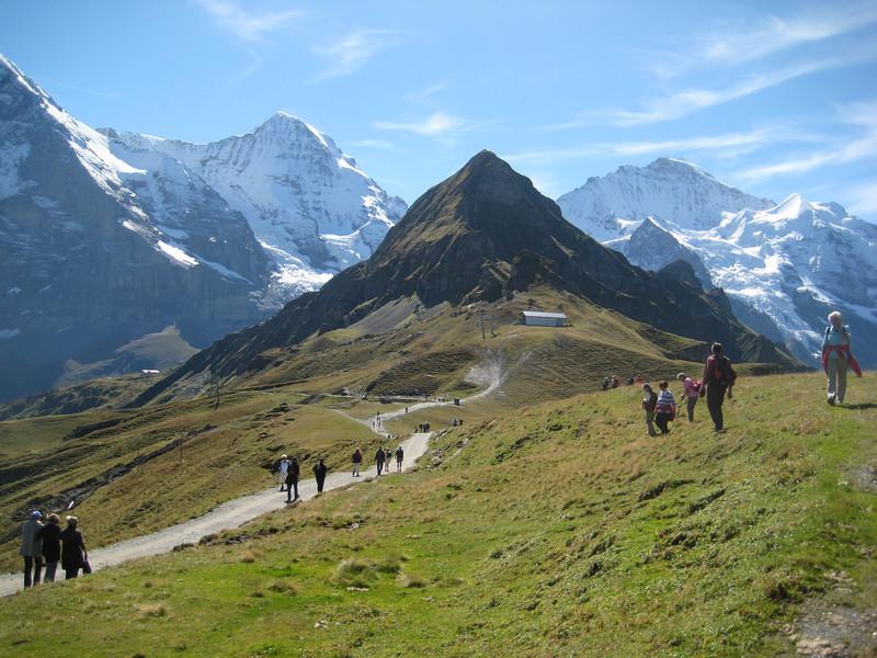 peak_hikers.jpg