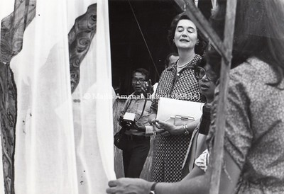 1979 - LAWATAN MRS.WALTHHHAIAN KE KILANG BATEK BMB