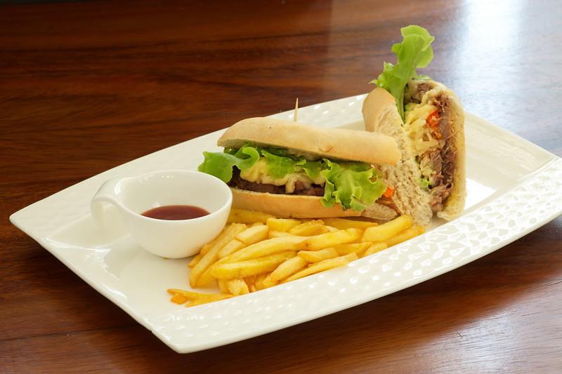 reuben-sandwich_3925.jpg