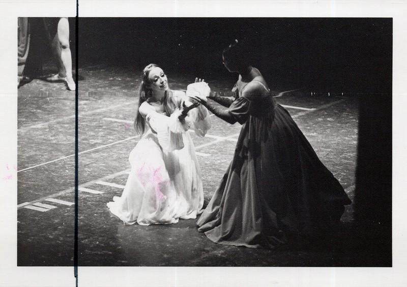 Dance_1064_a.jpg