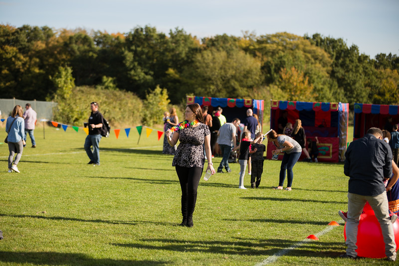 bensavellphotography_lloyds_clinical_homecare_family_fun_day_event_photography (380 of 405).jpg