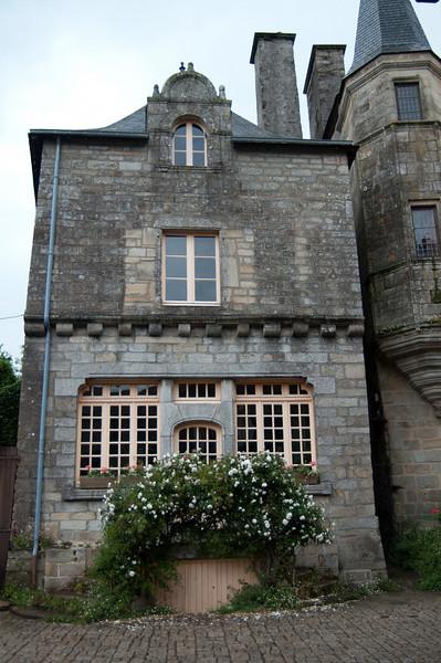 06.09.2010 -  Rochefort en-Terre, France-14.jpg