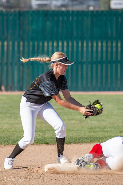 IMG_3771_MoHi_Softball_2019.jpg