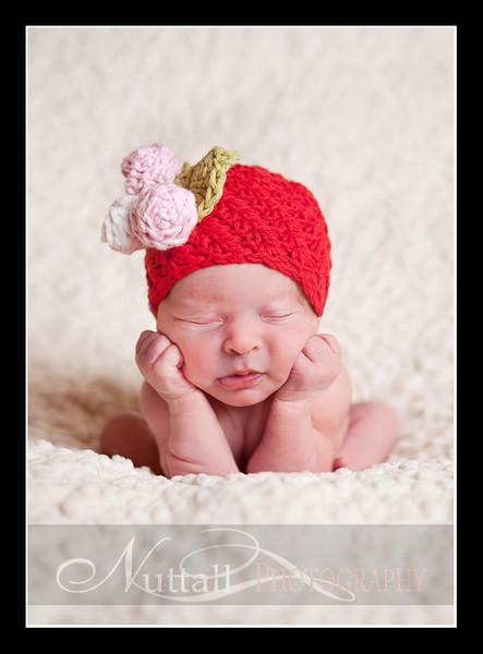 Clara Newborn 41.jpg