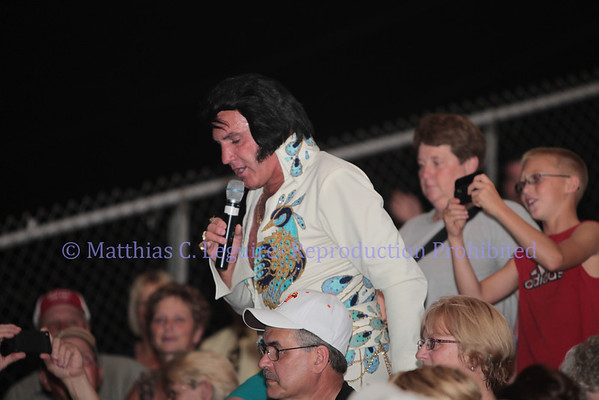 Elvis Sings at the Fair 9-01-2011