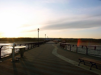 Pictures from the fishing pier in Staten Island