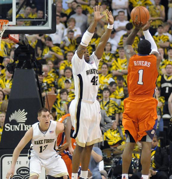 Williams defense.jpg