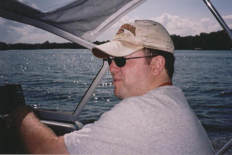 Chuck_Boating_Summer_04.jpg