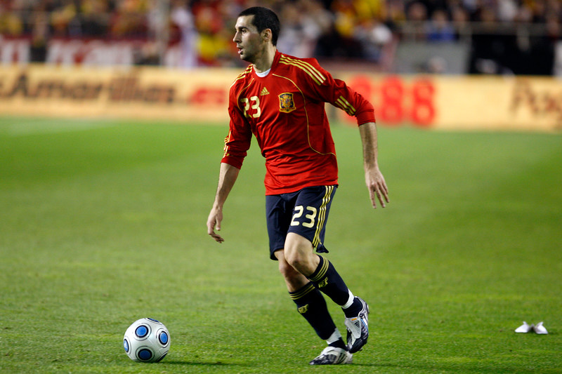Arbeloa with the ball. Taken during the friendly football game between the national teams of Spain and England that took place in the Sanchez Pizjuan stadium, Seville, Spain, 11 Feb 2009.