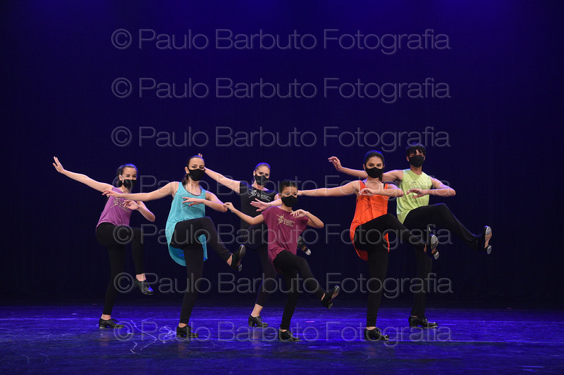 Sapateado (Profª Adriana Menezes)