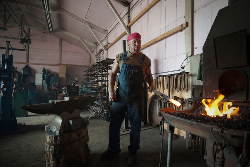 Achieving the appropriate heat for forging.