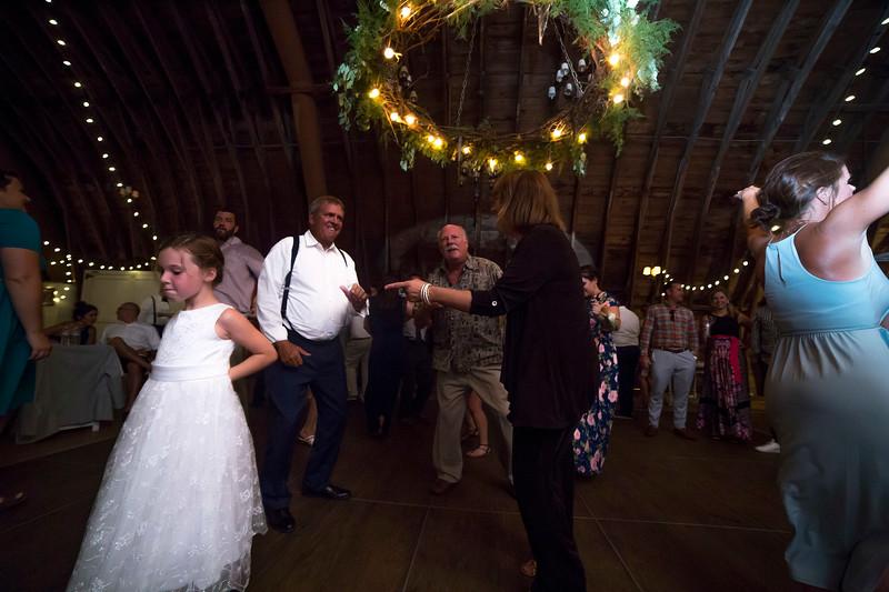 Garrett & Lisa Wedding (836).jpg