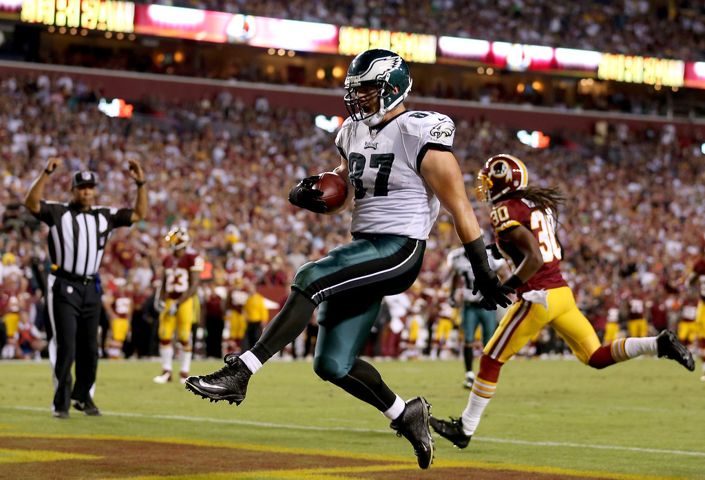 . Tight end Brent Celek #87 of the Philadelphia Eagles celebrates as he catches a 28-yard touchdown in the second quarter against the Washington Redskins at FedExField on September 9, 2013 in Landover, Maryland.  (Photo by Rob Carr/Getty Images)