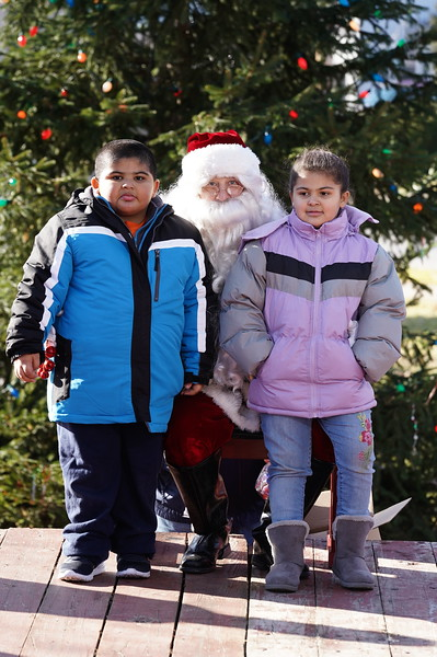 Santa In The Park 20190039.JPG