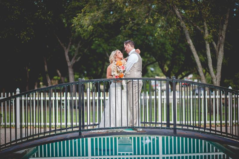 2014 09 14 Waddle Wedding - Bride and Groom-820.jpg
