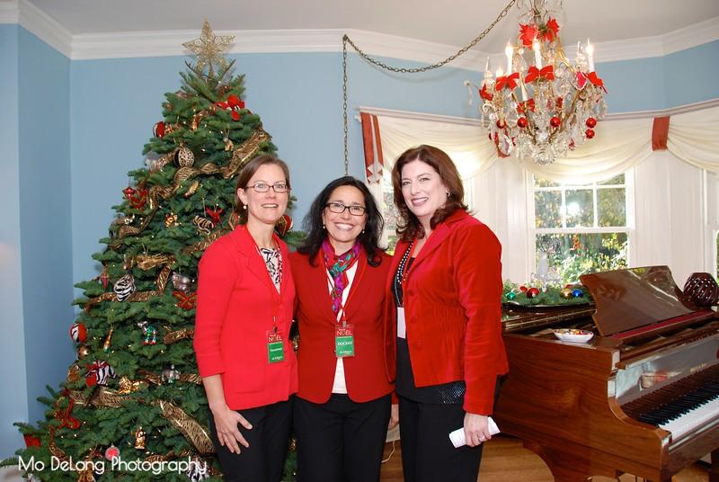 Sylvia Knauer, Karen Brewer and Leslie Harelik.jpg