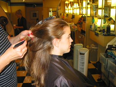 2006-09-Carrie-n-Joe-Marry-Hair-Dresser