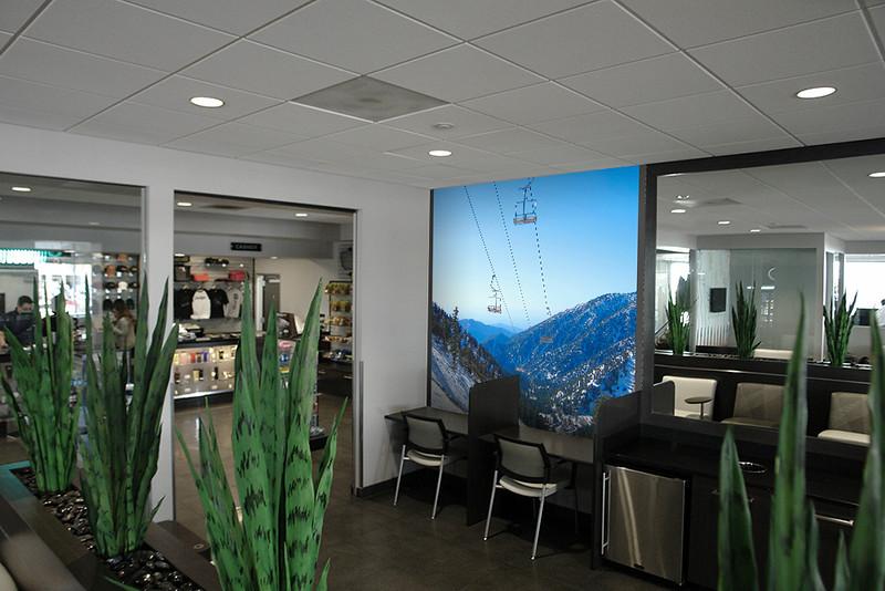Lounge Side wall 03.jpg