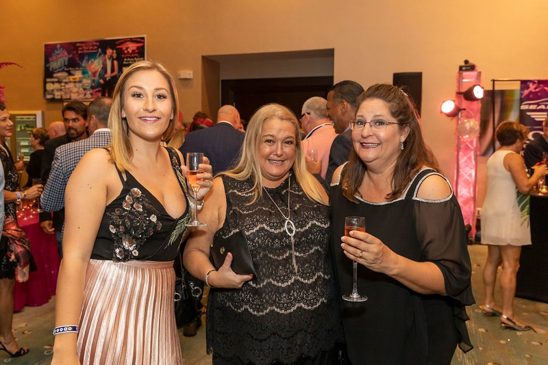 2019_11_Yachtail_Party_00212.jpg