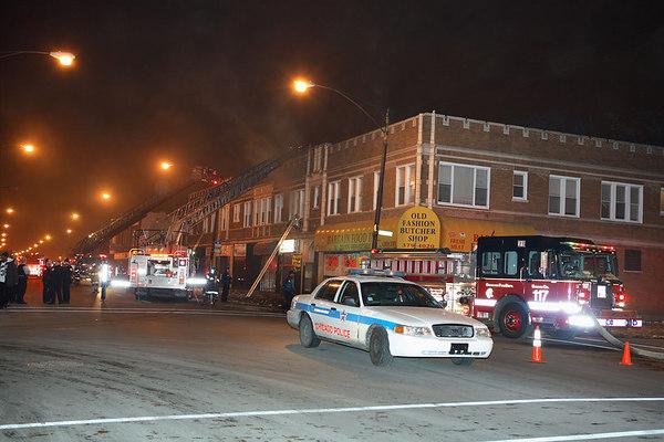 12-10-06  Still & Box 5400 BL Chicago Ave