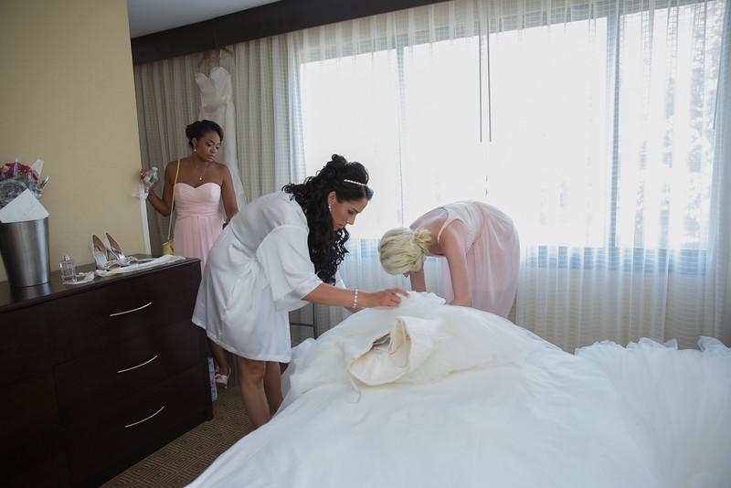 144_bride_ReadyToGoPRODUCTIONS.com_New York_New Jersey_Wedding_Photographer_J+P (140).jpg