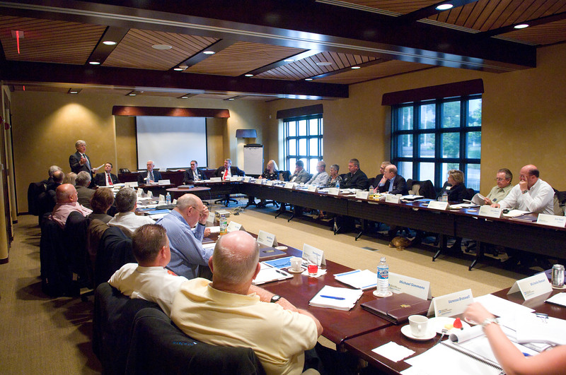 2007_foundation_board_meeting0189.jpg