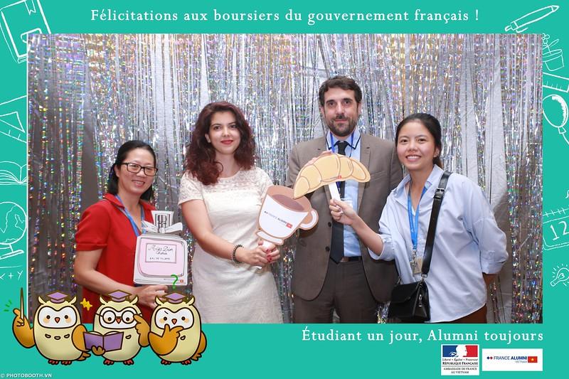 France-Alumni-Vietnam-photobooth-at-Franch-Embassy-Vietnam-photobooth-hanoi-in-hinh-lay-ngay-Su-kien-Lanh-su-quan-Phap-WefieBox-photobooth-vietnam-016.jpg