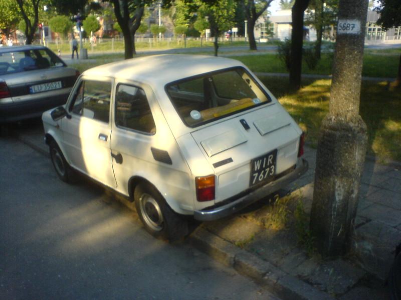 fiat-126p-100.JPG