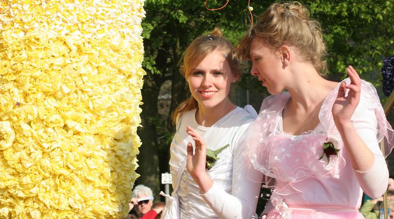 Flower Parade - 15.jpg