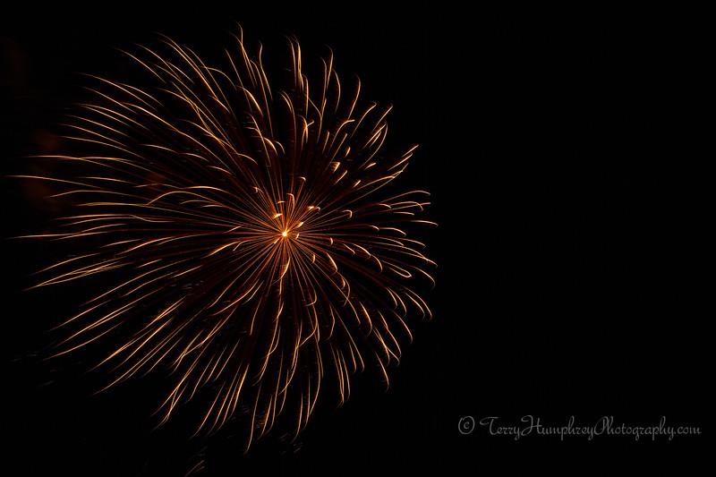 2019 Paradise Fireworks-107.jpg