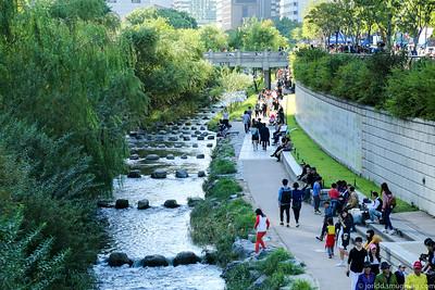 Seoul - Cheonggyecheon Stream and Around