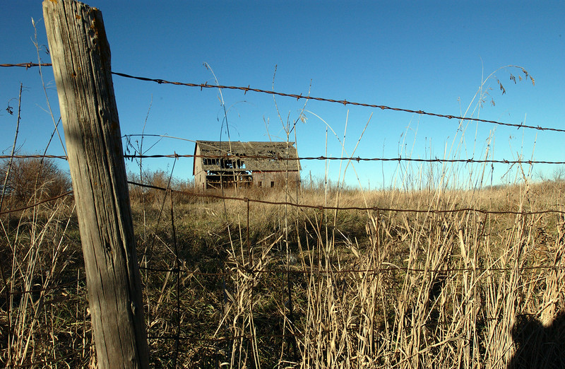 clip-015-barn-van_meter-06nov04-6020.jpg