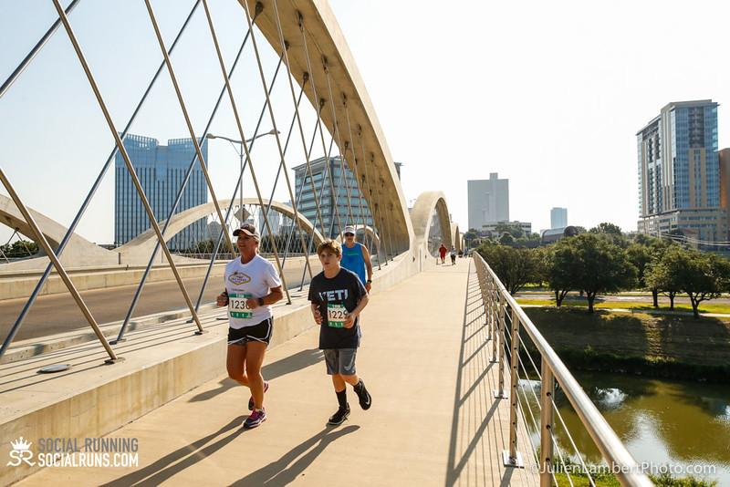 Fort Worth-Social Running_917-0490.jpg